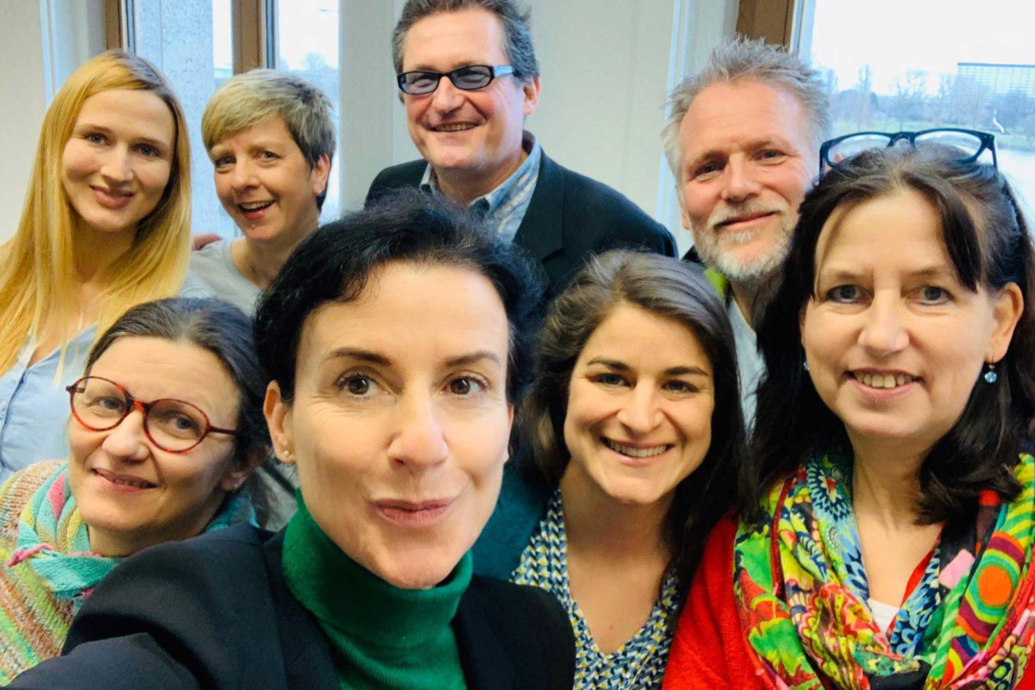 Team der Hilde-Ulrichs-Stiftung - Gruppenfoto